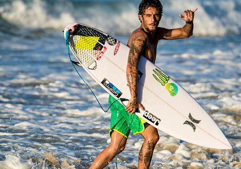 Felipe_TOLEDO_surf_shop_corse